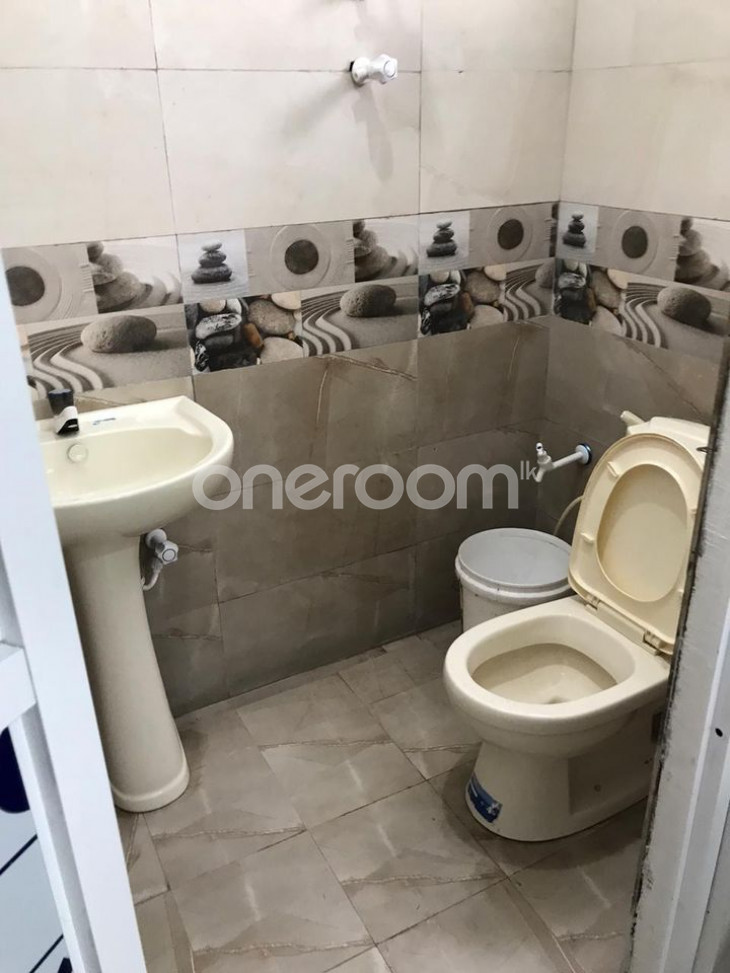 Apartment for Rent - katugastota for sale in Kandy