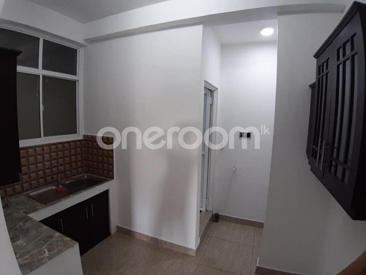 Apartment for rent - Kolonnawa for sale in Colombo