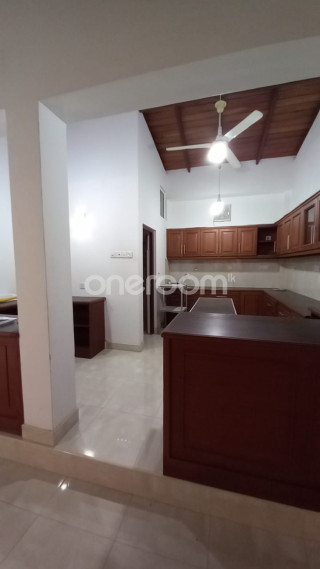 Room for Rent - Peradeniya for sale in Kandy