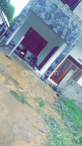 House for - Kotikawatte for sale in Colombo